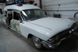 Cadillac-Miller-Meteor-Ghostbusters-Replica